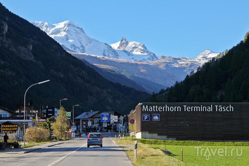 Поселок Taesch, Швейцария / Фото из Швейцарии