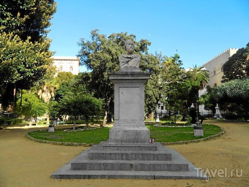 Памятник Гарибальди.в Палермо, Италия / Фото из Италии