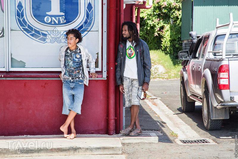 В городе Ла-Фоа, Новая Каледония / Фото из Новой Каледонии