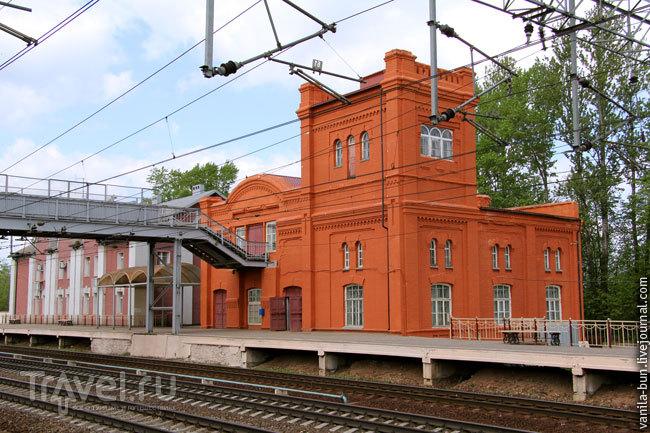 Железнодорожный вокзал в Вышнем Волочке / Фото из России