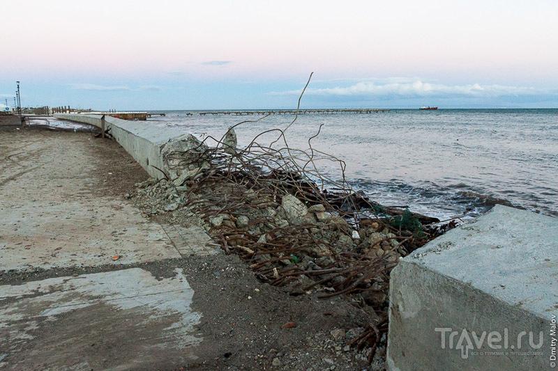 Набережная Магелланова пролива в Пунта-Аренасе, Чили / Фото из Чили