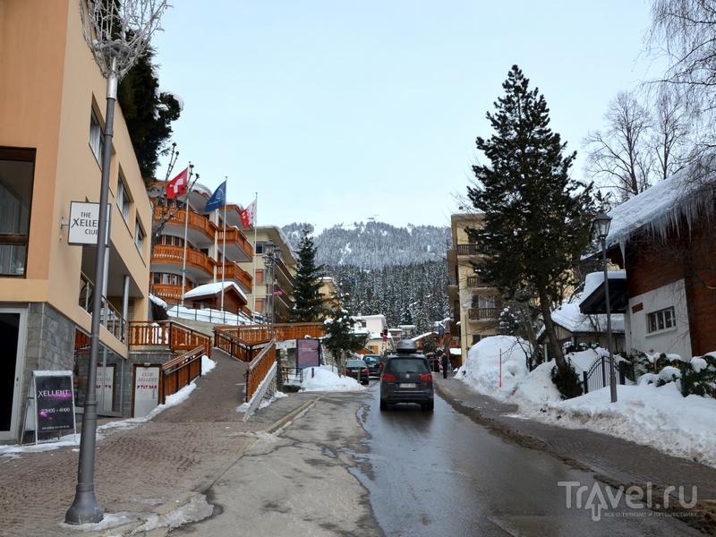 В Кран-Монтане огромное количество люксовых магазинов и мишленовских ресторанов / Фото из Швейцарии