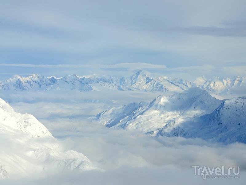 Кататься на ледниках в Саас-Фе можно круглогодично / Фото из Швейцарии