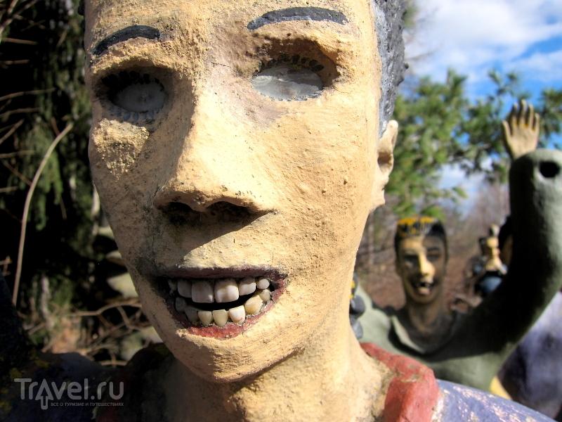 У некоторых скульптур в парке настоящие зубы, Финляндия / Финляндия