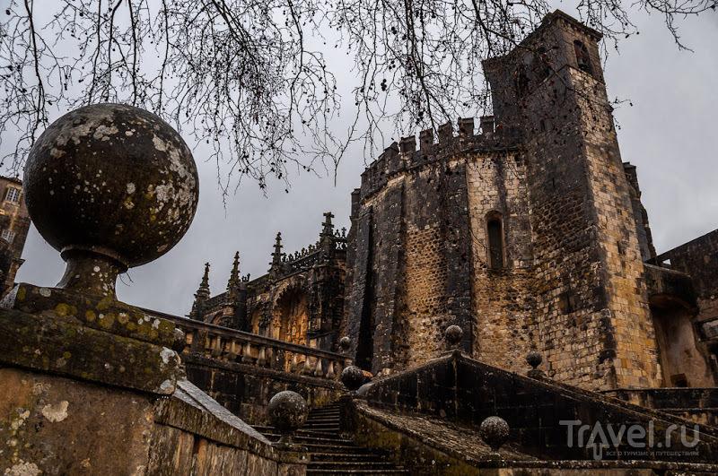 Монастырь Конвенту-де-Кришту в Томаре, Португалия / Фото из Португалии