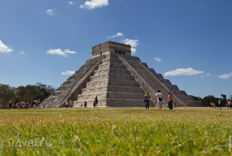 Храм Кукулькана в Чичен-Ица, Мексика / Фото из Мексики