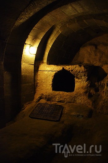 Турция, Каппадокия: подземный город Деринкую и каньон Ихлара / Турция