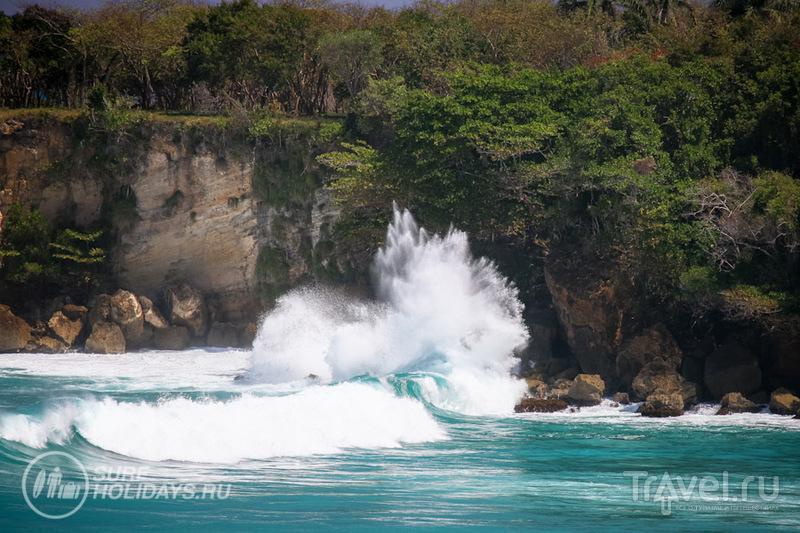 Большие волны в Доминикане / Доминикана