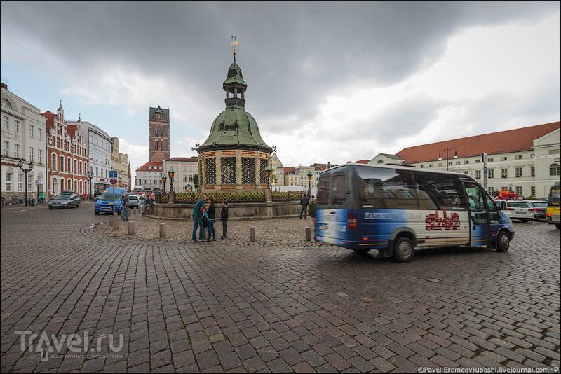 Рыночная площадь в Висмаре, Германия / Фото из Германии
