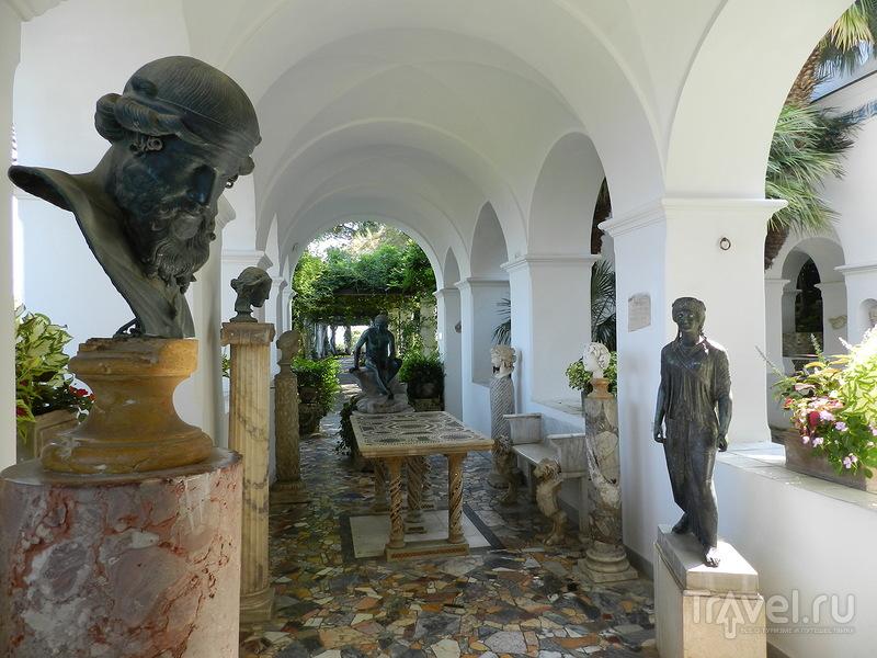 По следам Акселя Мунте на Капри: вилла Сан-Микеле и Финикийская лестница / Италия