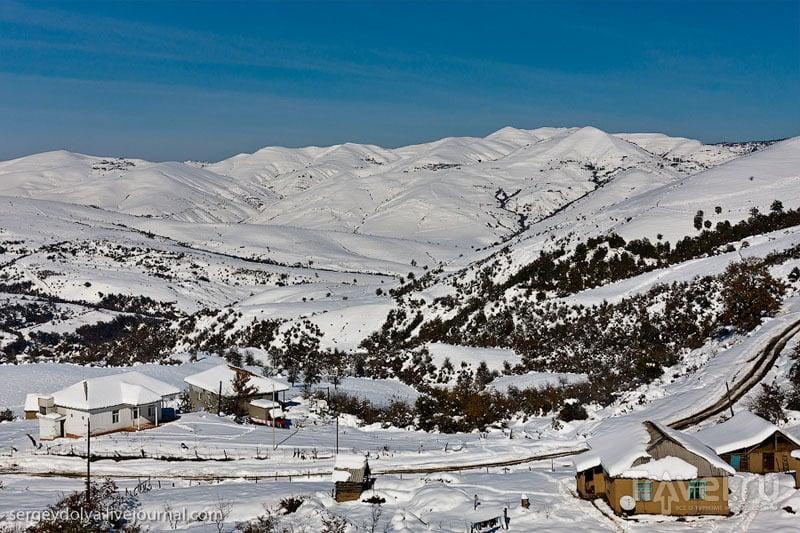 В деревне Лерик, Азербайджан / Фото из Азербайджана