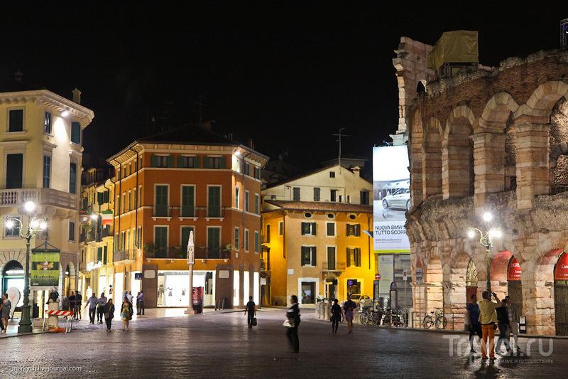 Пьяцца Бра в Вероне, Италия / Фото из Италии