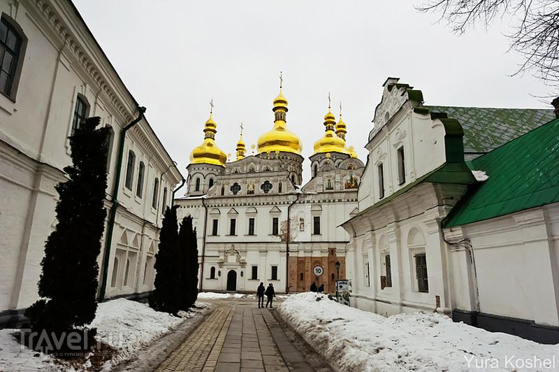 Церковь Спаса на Берестове в Киеве, Украина / Фото с Украины