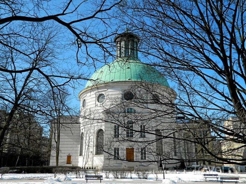 Евангелическо-аугсбургский костел Святой Троицы в Варшаве, Польша / Фото из Польши