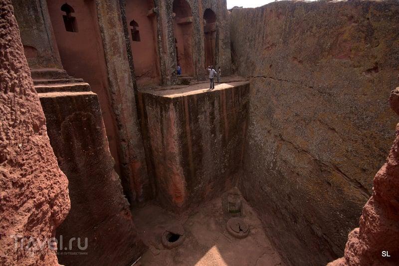 Beta Golgotha (Бете Голгофа) в Лалибеле / Фото из Эфиопии