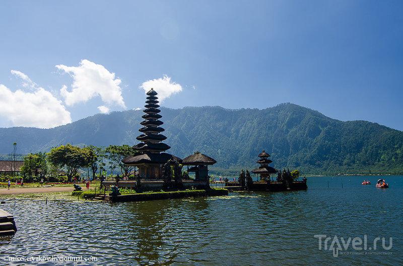 Озеро Братан на Бали, Индонезия / Фото из Индонезии