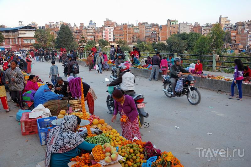 Про Катманду, девочку Кумари и речку-говнотечку / Фото из Непала