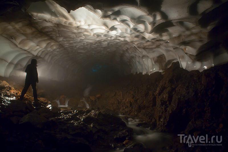 Снежные пещеры Камчатки / Фото из России