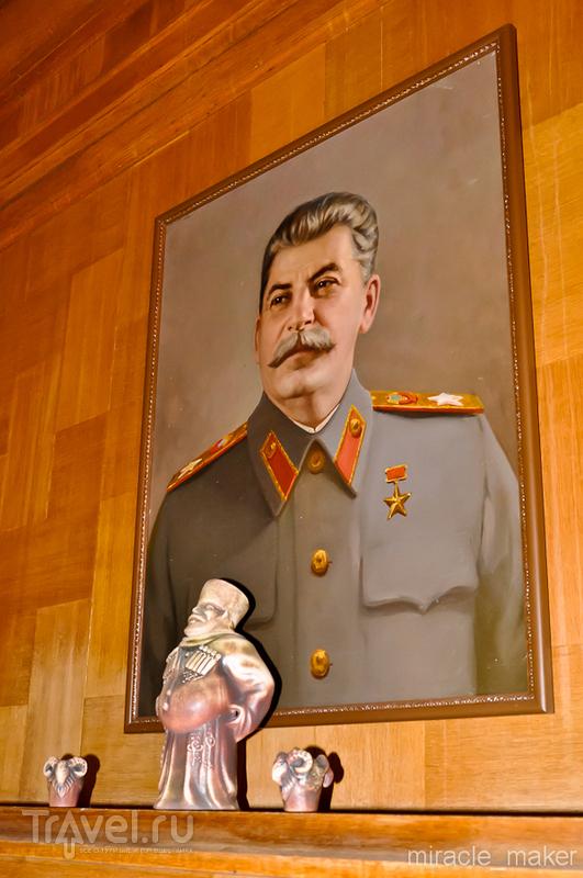 Дача Сталина в Сочи / Россия