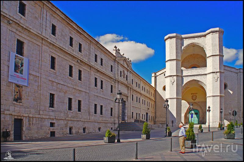 Королевский монастырь San Benito в Вальядолиде, Испания / Фото из Испании