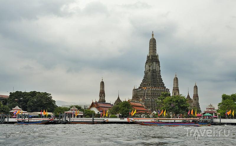Ват По - Храм Лежащего Будды в Бангкоке, Таиланд / Фото из Таиланда