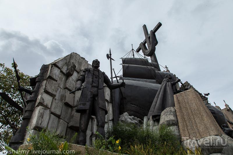 Памятник Heritage of Cebu на острове Себу, Филиппины / Фото с Филиппин