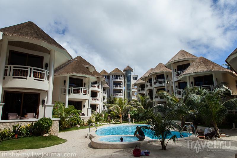 Ambassador in Paradise на острове Боракай, Филиппины / Фото с Филиппин