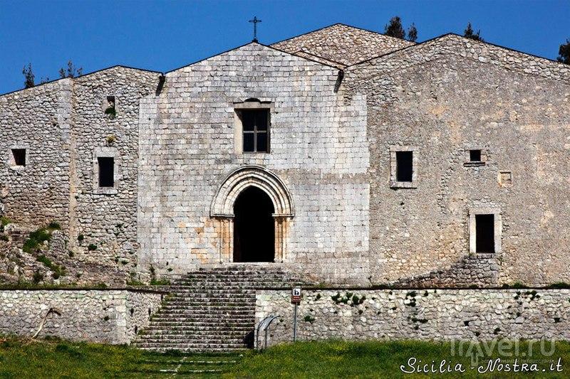 Кафедральный собор Кальтабеллотты, Италия / Фото из Италии