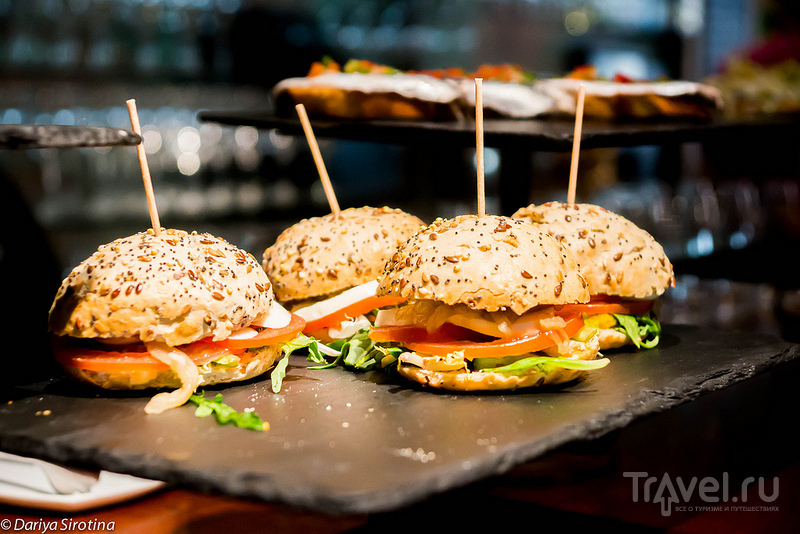 Пинчос-бары Сан-Себастьяна / Фото из Испании