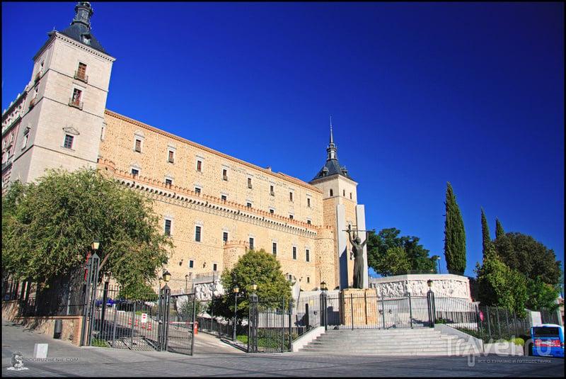Алькасар в Толедо, Испания / Фото из Испании