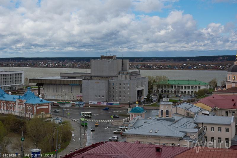Площадь Ленина и Драматический театр в Томске, Россия / Фото из России