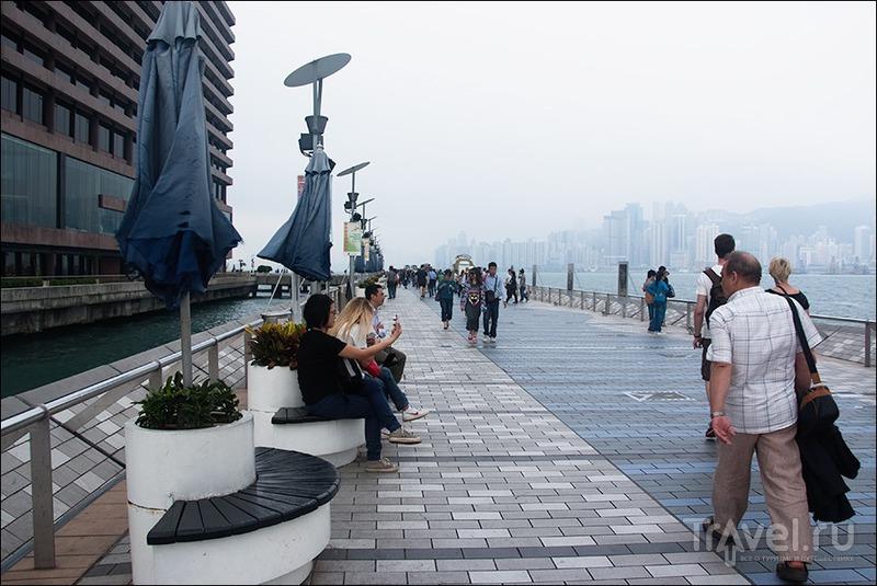 Гонконг: аллея звёзд, прогулка по острову, лазерное шоу / Гонконг - Сянган (КНР)