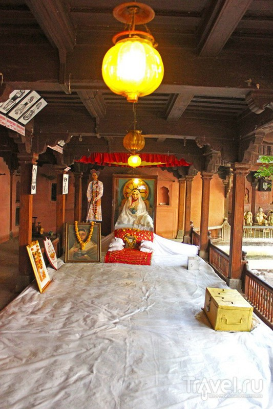 Музей махарани Алиабай в Махешваре, Индия / Фото из Индии