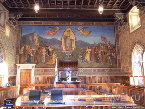 В правительстве Сан-Марино / Сан-Марино