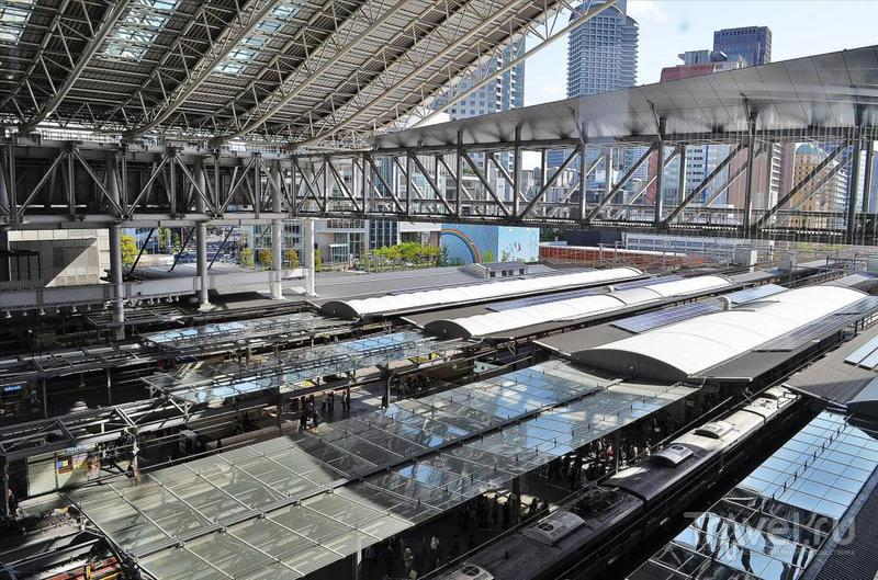 Центральный железнодорожный вокзал в Осаке, Япония / Фото из Японии