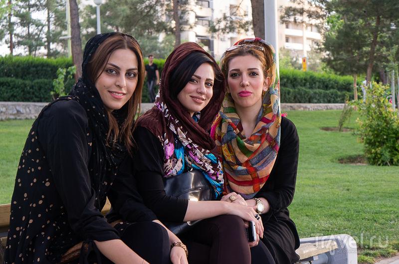Иран в апреле 2013 - немного фотографий / Иран