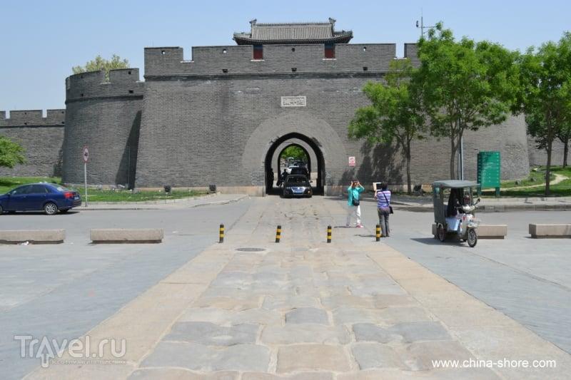 Лугоуцяо или мост Марко Поло, крепость Ваньпин и Музей войны сопротивления Японии / Китай