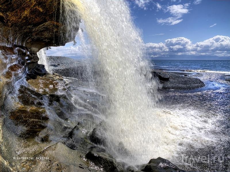 Добраться до пляжа Sandcut удобнее всего из города Виктория, Канада / Канада