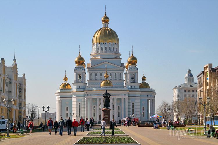Кафедральный собор Федора Ушакова в Саранске, Россия / Фото из России