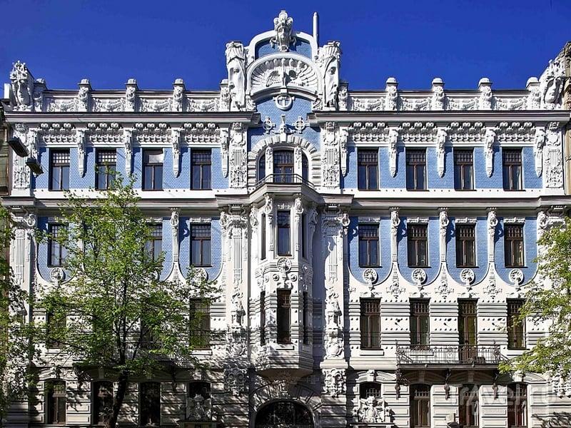 Югендстиль - это страх пустоты: на фасадах зданий и максимально возможное количество архитектурных элементов, Латвия / Латвия