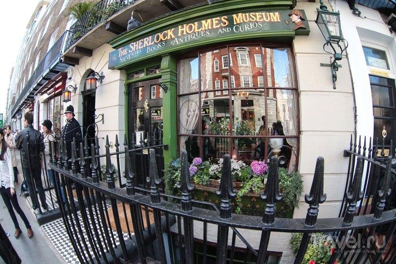 Дом Шерлока Холмса на Бейкер-стрит в Лондоне, Великобритания / Фото из Великобритании