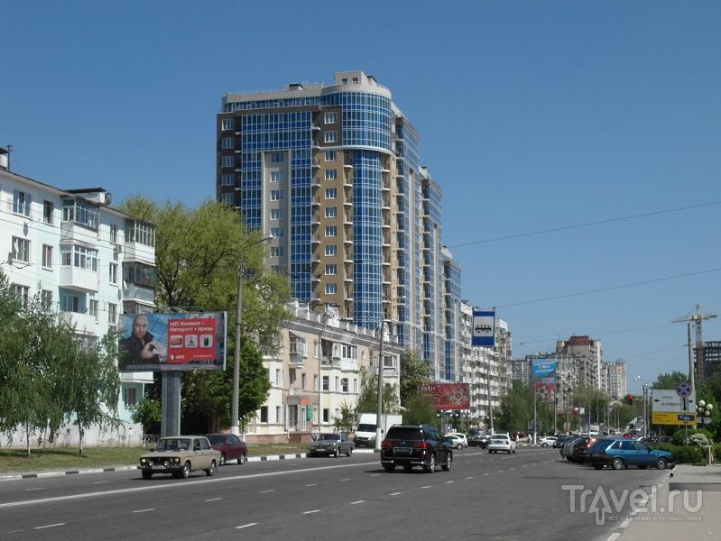 Белгородский проспект в Белгороде, Россия / Фото из России