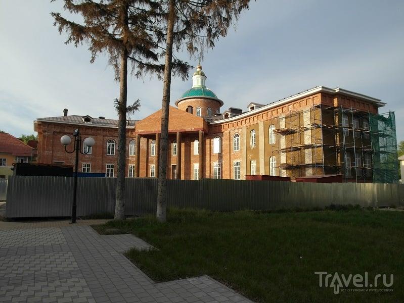 Свято-Троицкий собор в Белгороде, Россия / Фото из России