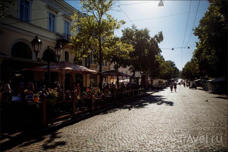 Дерибасовская улица в Одессе, Украина / Фото с Украины