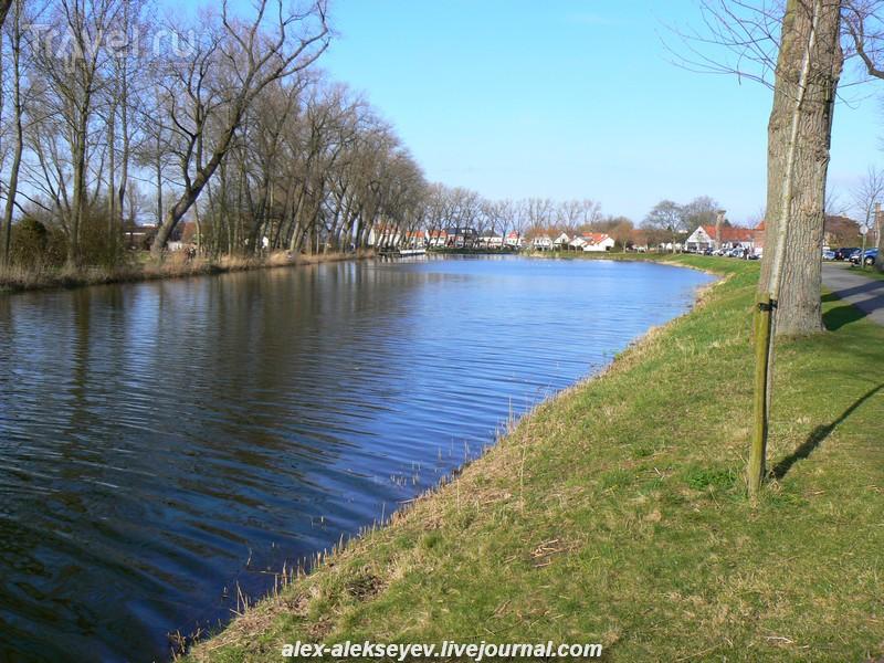 Слёйс (Sluis) - самый фламандский город Голландии / Нидерланды