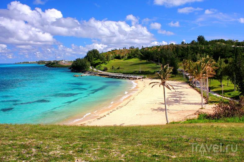 Пляж St. Catherine's Beach в Сент-Джордже, Бермудские острова / Фото с Бермудских островов