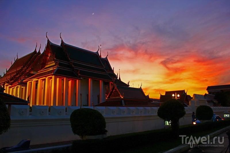 В городе Бангкок, Таиланд / Фото из Таиланда