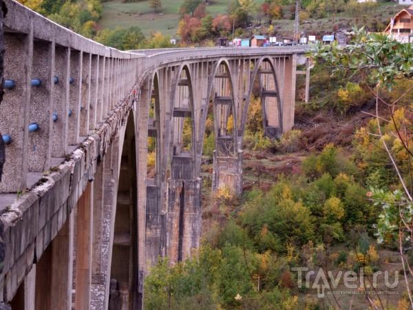 Дорогами Северной Черногории, мост Джурджевича и Чёрное Озеро / Черногория