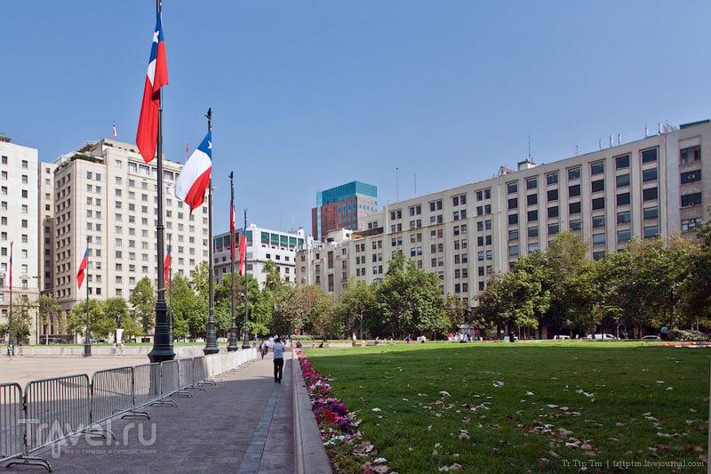 Площадь Конституции в Сантьяго, Чили / Фото из Чили