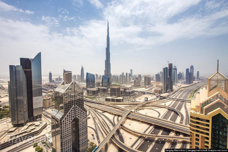 В городе Дубай, ОАЭ / Фото из ОАЭ